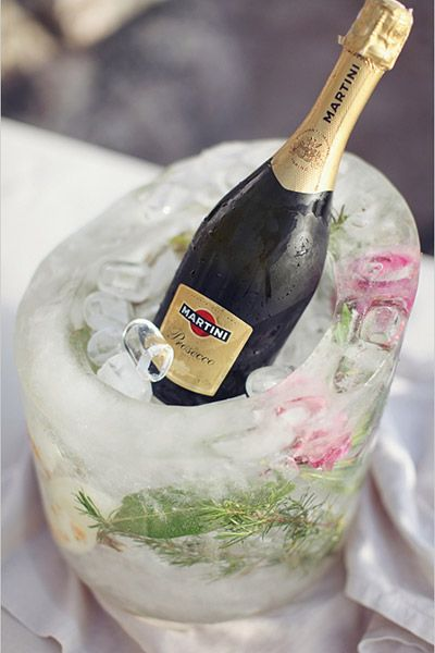 Put our champagne on your ice with this fabulous DIY bucket idea!