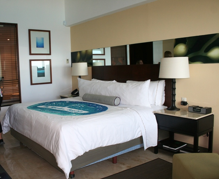 Deluxe Ocean Front, amenities include: pay movies, dvd player, video games, hypo allergenic bedding, desk, balcony, minibar, deep soaking tubs, and in room safe.
