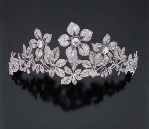 The Sixth Duke   tiarascrowns: A floral diamond tiara.