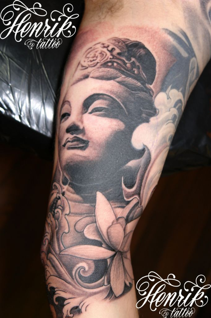 henrik grysbjerg buddha sleeve primer tatto pinterest buddha tattoo and tatoo. Black Bedroom Furniture Sets. Home Design Ideas