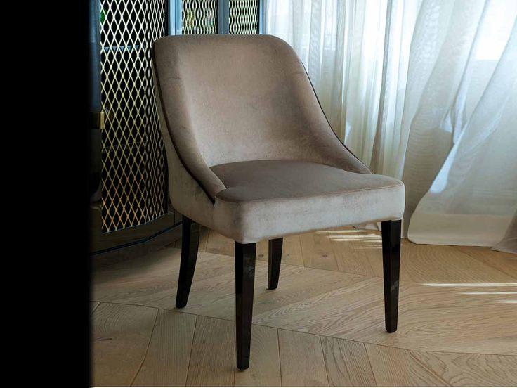 DOM EDIZIONI - Vicky dinner chair #domedizioni #luxuryfurniture #luxuryliving #vicky #dinner #chair