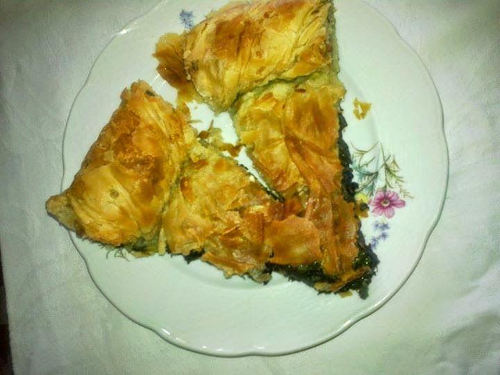 Τσουκνιδοσπανακόπιτα Τσαριτσάνης | Συνταγές της Κλεοπάτρας...