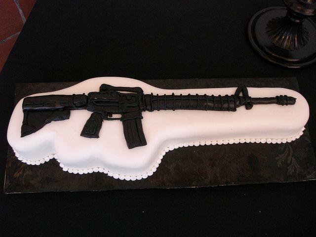 AR-15 Birthday Cake