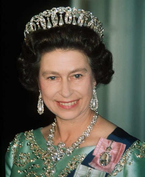 - Coronas Reales