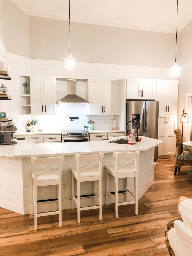 pin by mary mahar on small u shaped kitchen s in 2020 with images coastal kitchen kitchen on u kitchen remodel id=94065