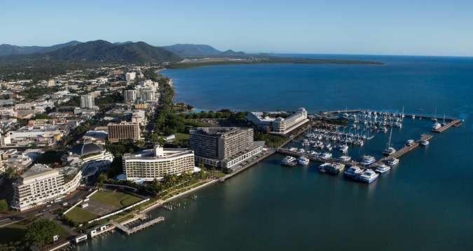 Hilton Cairns hotel - Hotel Exterior