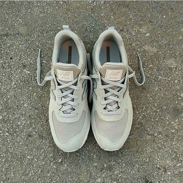 New Balance 574 LifeStyle  Size Man - Precio: 119 (Spain Envíos Gratis a Partir de 99) www.loversneakers.com  #loversneakers#sneakerheads#sneakers#kicks#zapatillas#kicksonfire#kickstagram#sneakerfreaker#nicekicks#thesneakersbox #snkrfrkr#sneakercollector#shoeporn#igsneskercommunity#sneakernews#solecollector#wdywt#womft#sneakeraddict#kotd#smyfh#hypebeast #newbalance