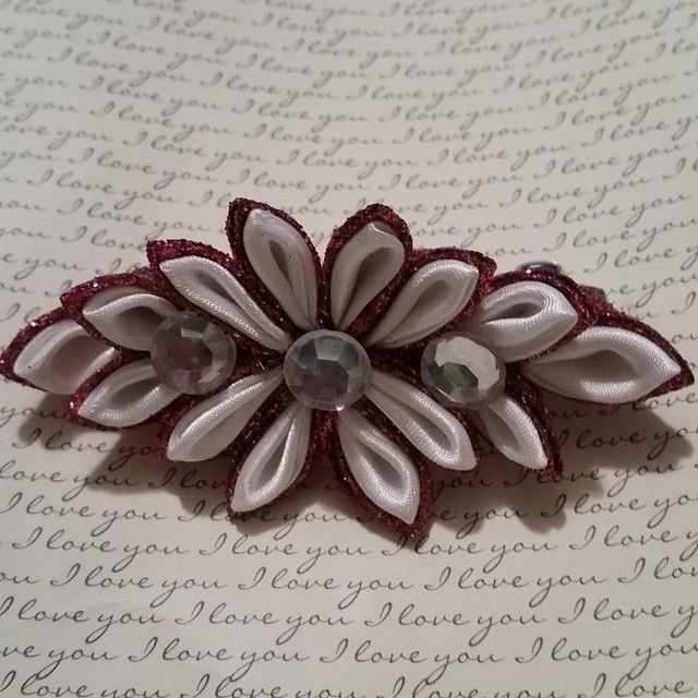 Kanzashi Flower Hair Barrette in Fuschia and White. Flower measures 4' x 2'. Barrette itself measures 3' x 1 1/2' #buynow for $8