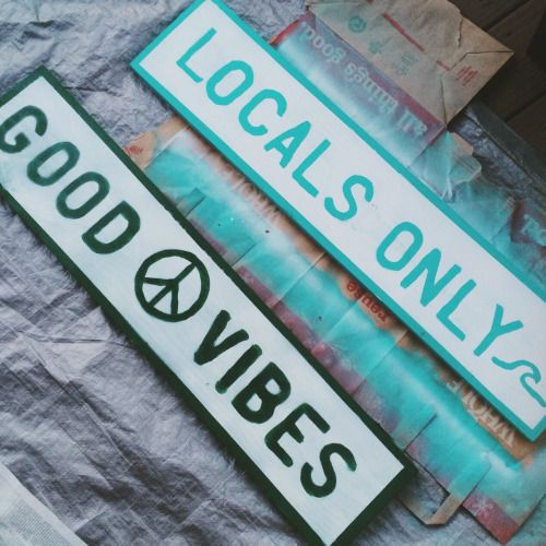 ☼ DIY BRANDY MELVILLE INSPIRED SIGNS ☼ directions on my blog link in bio xx