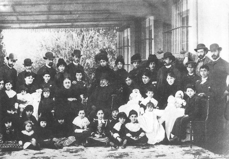 Manuel María González Ángel y Familia (1886).