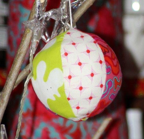 Boule de Noel en tissu (tuto calcul du patron) | Craft room / DIY