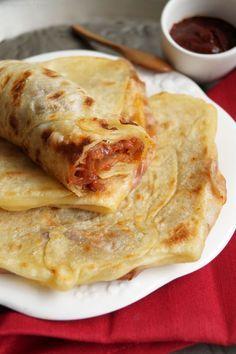 Mahjouba - Algerian pancakes filled with tomatoes & onions - street food