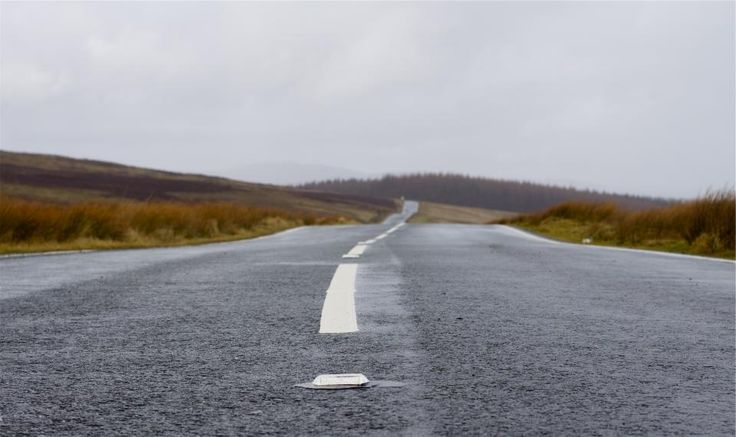 road pavement cloudy -  road pavement cloudy free stock photo Dimensions:2656 x 1580 Size:0.71 MB  - http://www.welovesolo.com/road-pavement-cloudy/