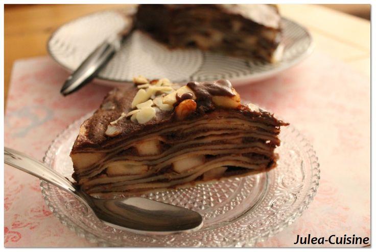 Gâteau de crêpes aux poires, sauce chocolat, Nutella http://juleacuisine.blogspot.fr/2014/01/battle-food-15-gateau-de-crepes-poires.html