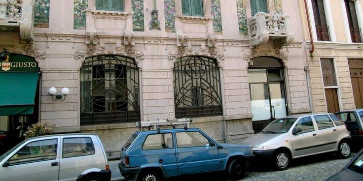 Temporary store Milano: spazio Porta Venezia, situato nella prestigiosissima zona della moda, in un area di show-room,negozi di alta moda e pret-a-porter.