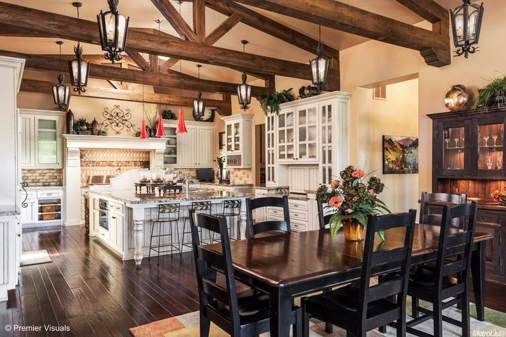 Absolutely gorgeous kitchen in this home in Auburn, CA
