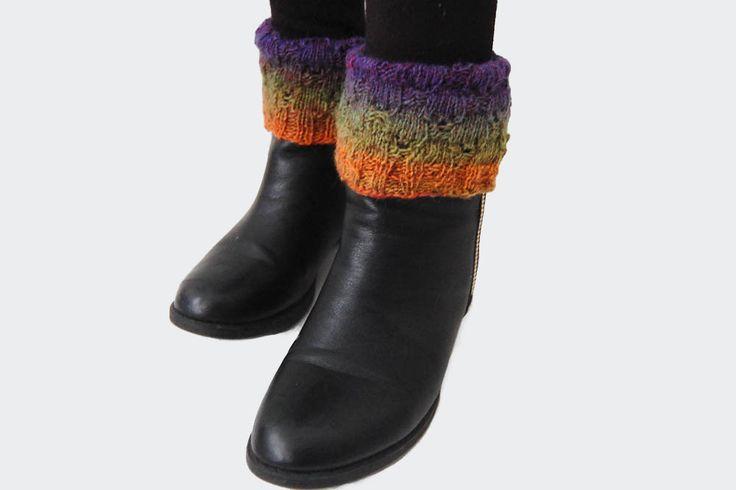 Wenn du deinen Stiefeln oder den Stiefeletten neuen Pepp verleihen möchtest, dann solltest du dir Stiefelstulpen stricken. Sie sind schnell gestrickt.