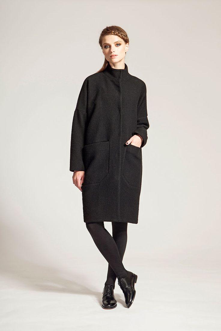 IMRECZEOVA FW16 black merino wool coat