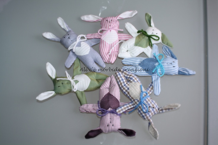 """Luigini""... coniglietti tenerini  Realizzati interpretando il tutoria di http://www.marthastewart.com/how-to/stuffed-bunny?backto=true=/photogallery/sewing-patterns-and-templates#slide_0"