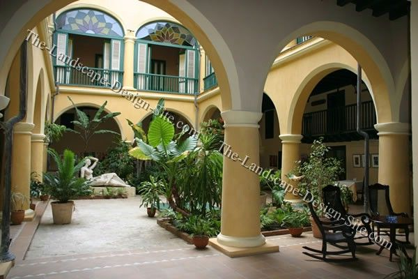 Mediterranean courtyard design enclosed courtyards for Italian courtyard garden design ideas