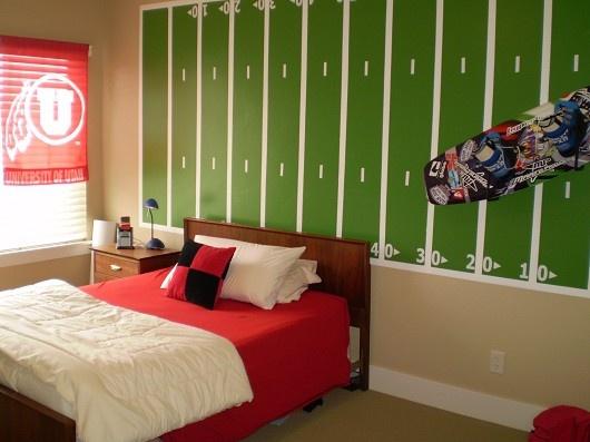 Boys football room: Football Fields, Boys Bedrooms, Room Ideas, Future Rooms, Rooms Ideas, Boys Football Rooms, Little Boys Rooms, Football Theme, Kids Rooms