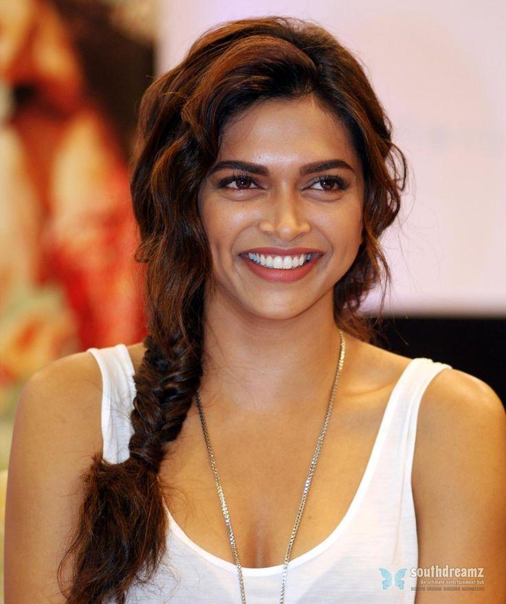 Hairstyles India: #Indian #actress #braid #hair