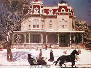 Let's face it: The true star of one of the best holiday movies of all time is the house itself.