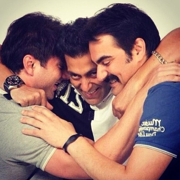 Salman Khan with his Brothers..!!