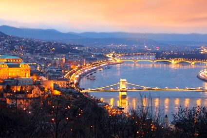 Széchenyl Chain Bridge, seen here in the foreground, was the first permanent bridge to unite Buda and Pest. - See more at: http://travelcuriousoften.com/october13-feature.php#sthash.MFiNEcjz.dpuf