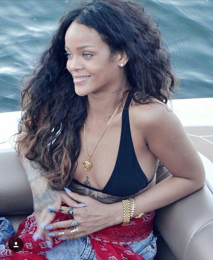 #Queen #Rihanna #Riri
