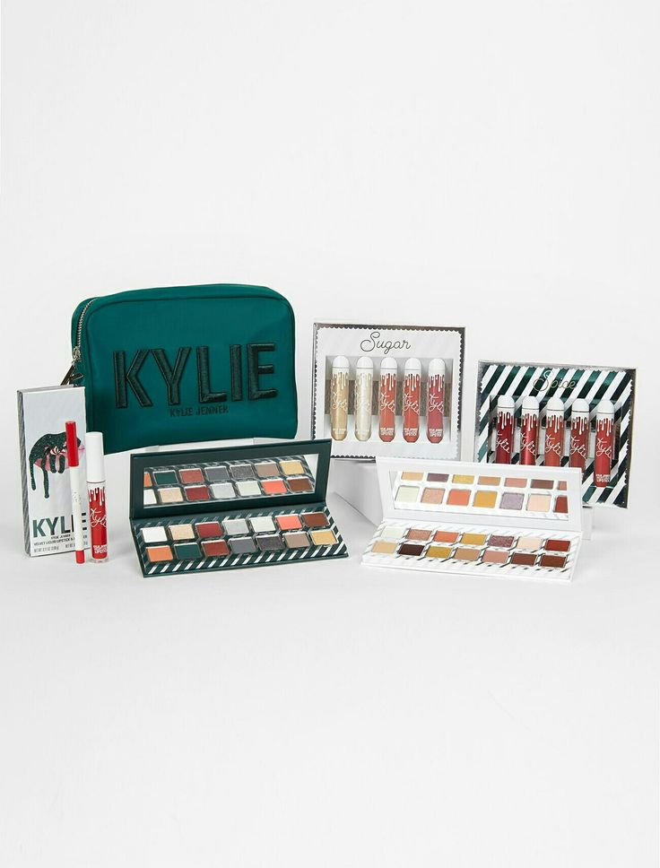 Kylie Jenner | Kylie Cosmetics 2017 Holiday Bundle ☃❄