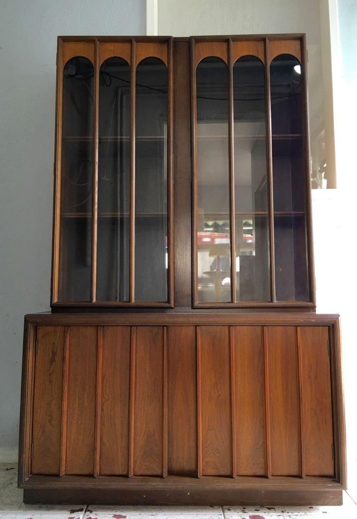 Belle au milieu du siècle moderne brutaliste vaisselier / bahut vitrine de meubles Keller - tat incroyable ! par CyclicFurniture sur Etsy https://www.etsy.com/fr/listing/290413735/belle-au-milieu-du-siecle-moderne