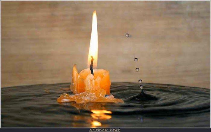 Danaela: Aprinderea și stingerea lumânării