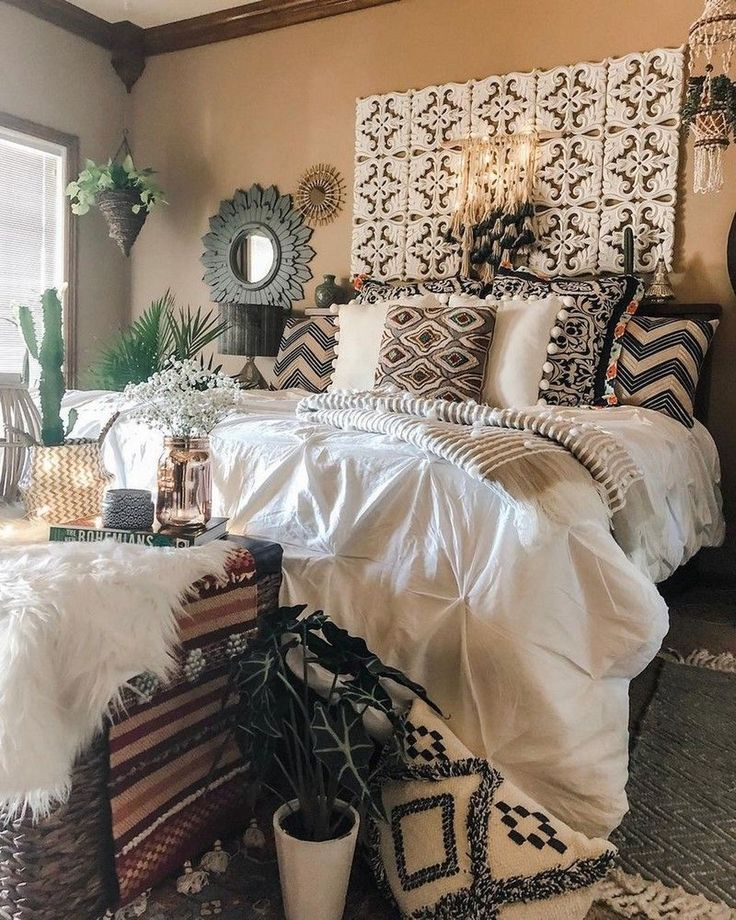 41 Amazing Boho Bedroom Design Ideas   – Bohemian Living