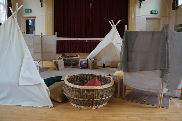 An ELIZABETH JARMAN® Reading Village for Cosy