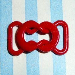 """""""zubehör :: der woche"""". Kleiner Bikini-Verschluss in knallrot aus den 70er Jahren. Maße: 2 x 1,2 cm, Steg: 0,9 cm Material: Kunststoff für 0,05 € pro Paar http://www.stoffmariechen.de/bikiniverschluss-rot"""