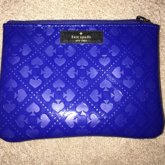 kate spad mini purse cute kate spad wallet or cosmetic bag used once or twice perfect condition kate spade Bags Cosmetic Bags & Cases