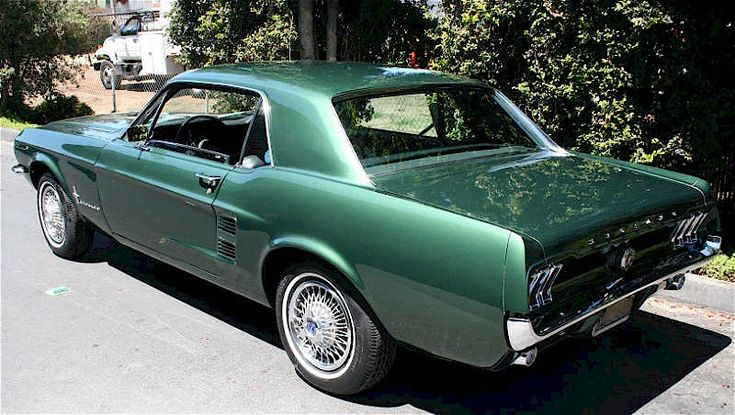 dark moss green 1967 ford mustang hardtop mustangattitudecom mobile bo knows pinterest 1967 mustang green and in