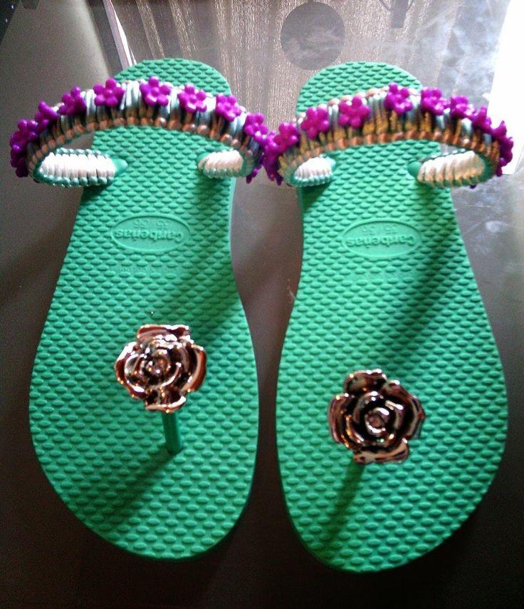 Decoracion de sandalias con corte