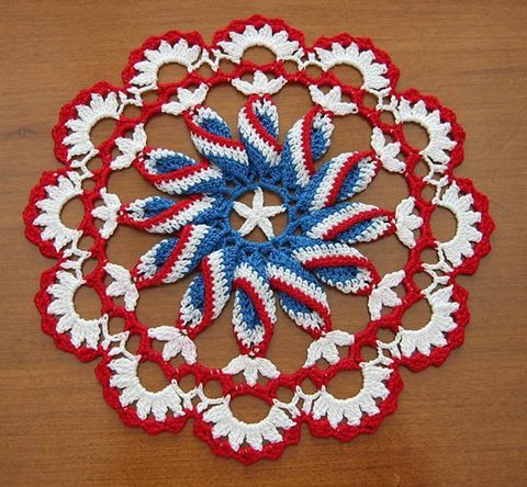 Pretty Crochet Doily Pinwhee | Styles Idea