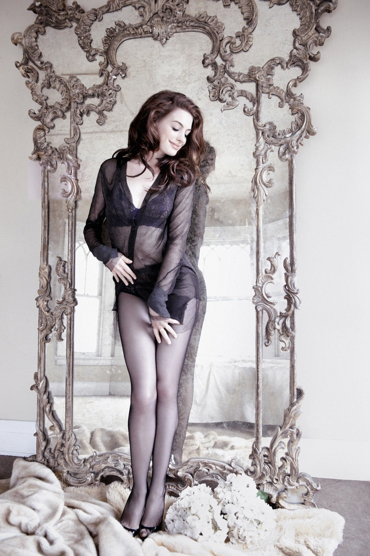 #Pretty Sexy Girl, Anne Hathaway