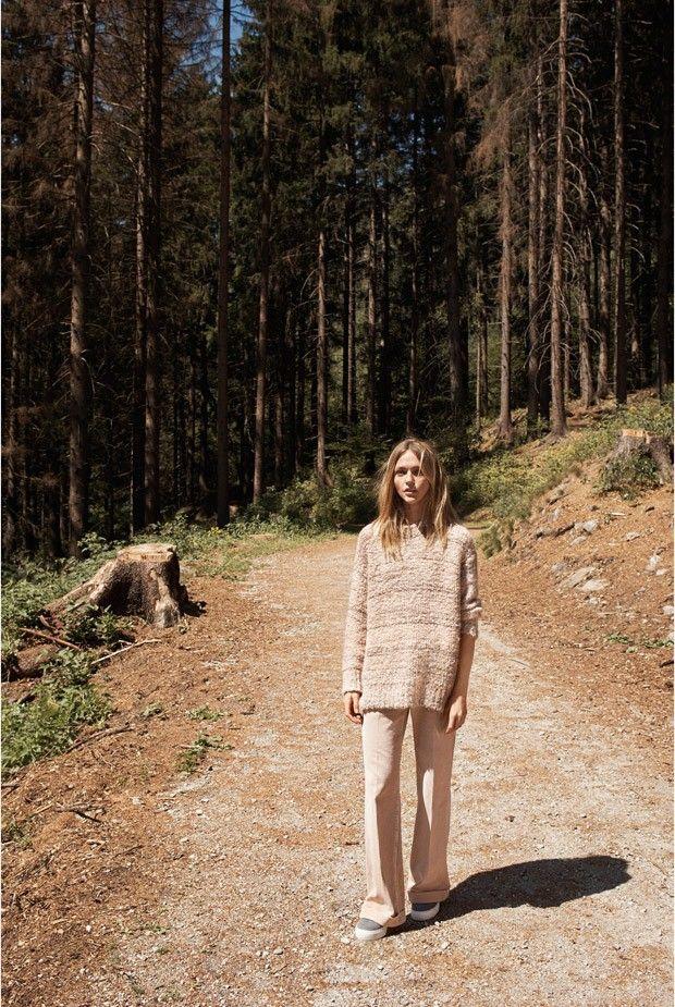 Саша Пивоварова в рекламе Mango