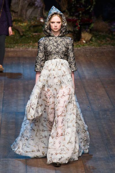 MMD FW 2014/15 – Dolce&Gabbana. See all fashion show on: http://www.bmmag.it/sfilate/mmd-fw-201415-dolcegabbana/ #fall #winter #FW #catwalk #fashionshow #womansfashion #woman #fashion #style #look #collection #MMDFW #dolcegabbana @Dolce & Gabbana