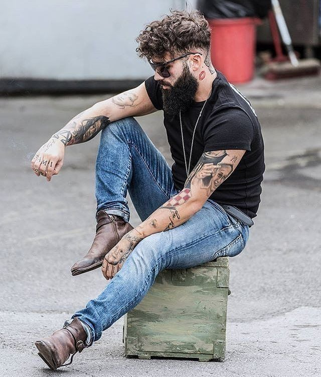 Best 25 rock style men ideas on pinterest ripped jeans for Tattoo shops in bowling green ohio