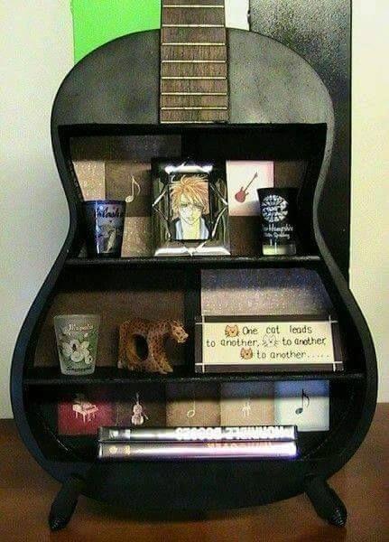 Decor for those who like music http://comoorganizarlacasa.com/en/decor-like-music/ Decoración para los amantes de la música #Decorforthosewholikemusic #Decorideas #Homeideas #Ideasfordecorateyourhome #Ideasforyourhome