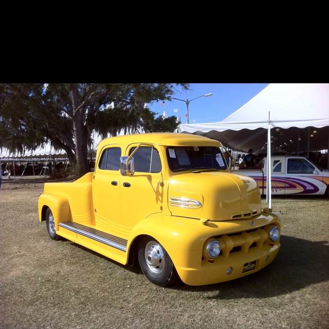 My next truck to pull my GN horse trailer.    Hahaha. Would love to have it.