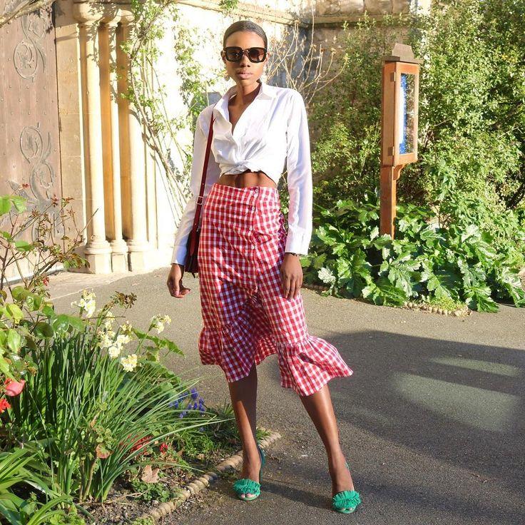 Pourquoi cette jupe Zara est la nouvelle star d'Instagram ?   Glamour