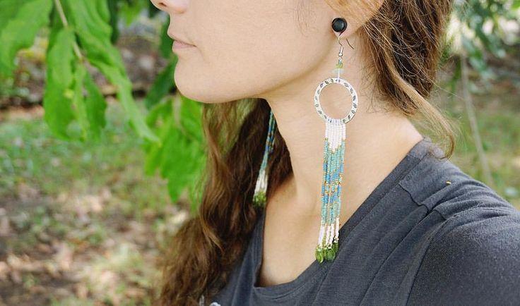"New Native American Dangle-drop long earrings, titled ""Summer Leaves"", available in my online shop (link in profile).   #HandwovenbyChantal #beadwork #beading #seedbeads #handmadejewelry #beadworkjewelry #NativeAmericanbeadwork  #freehandart #jewelrymaking #jewelrydesign #handmade #earrings #earringsoftheday #earringaddict #artist #bohostyle #bohojewelry #fashionjewelry #customjewelry #uniquejewelry #spiritual #inspiredbynature #nothingisordinary #leaves #ShopMadeit #beadworkforsale"