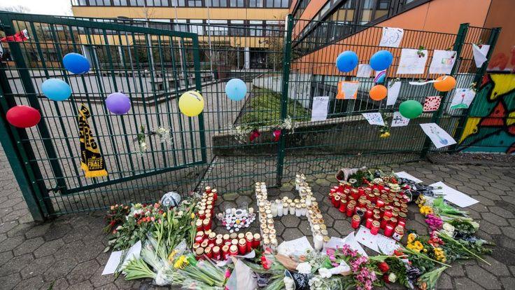Erstochener Teenager in Lünen: Vereint in Trauer und Schweigen - SPIEGEL ONLINE - Panorama
