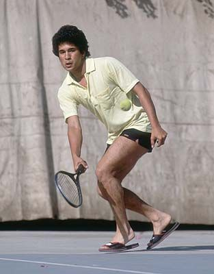 """Australian great Dennis Lillee, on Monday, recalled his first meeting with Sachin Tendulkar and said on a lighter note that he did the game a """"favour"""" by rejecting the batsman when he went to the MRF Pace Foundation with an ambition to become a fast bowler in the late 80s."""
